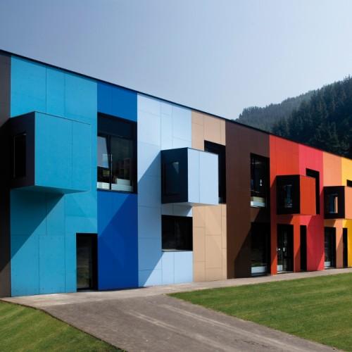 Вентилируеми фасади с панели Formica VIVIX